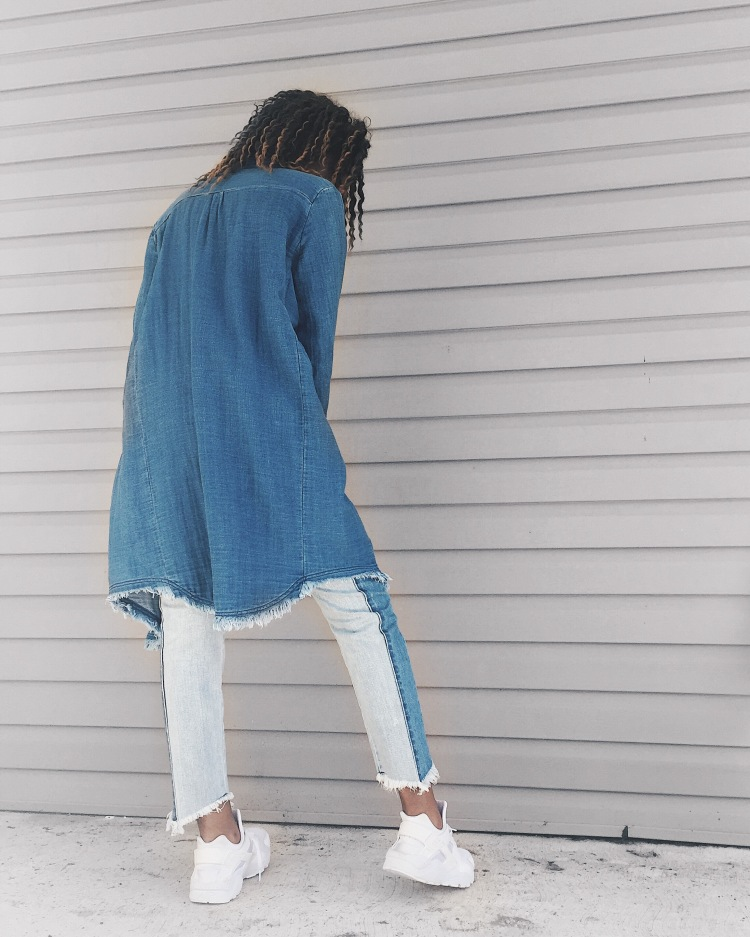 Zara long denim coat, American Eagle jeans, white t-shirt, white Nike huarache sneakers